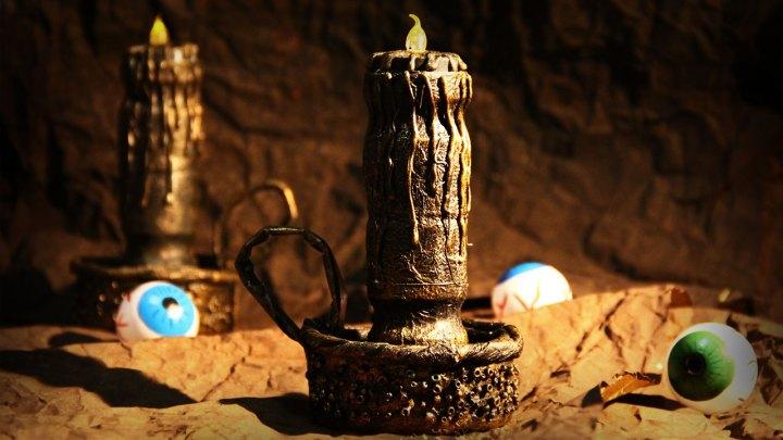candelabro antiguo destacada