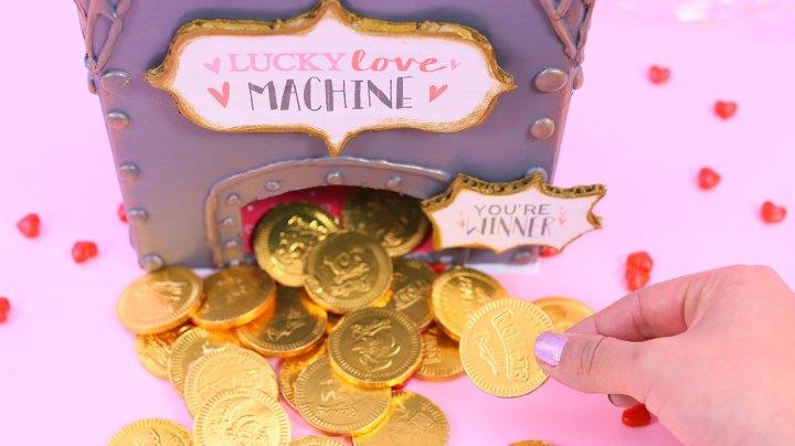maquina-tragamonedas-dinero