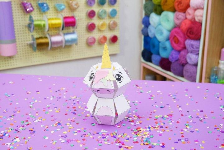 tarjeta de unicornio explosiva