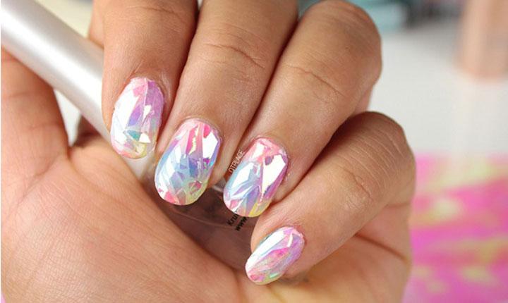 efecto-vidrio-roto-manicure