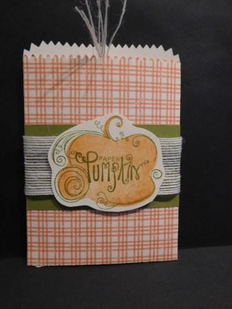 paper pumpkin referral3