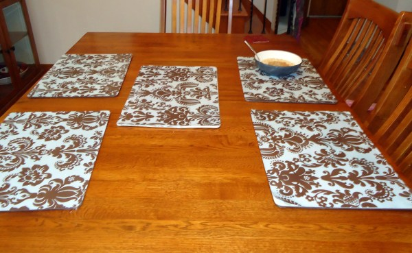 Fancy Wipe Placemats Crafting