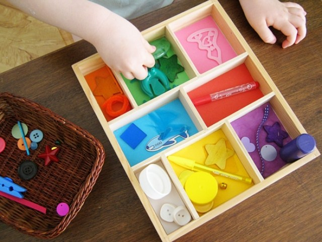 color sorting tray