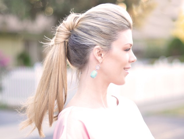 pretty-ponytail-twist-hairstyle