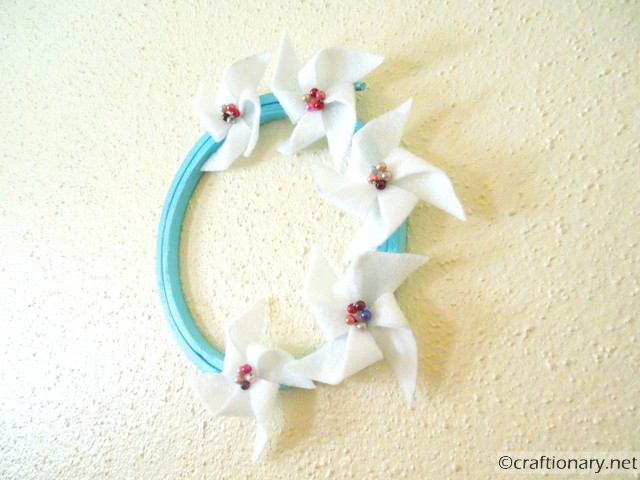 make felt pinwheels 4