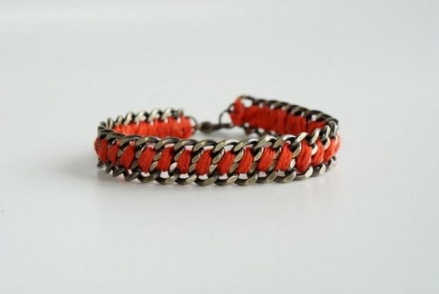 thread-bracelet