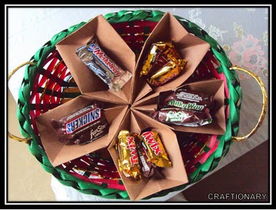 candy-holder-made-with-paper-organize-craftily