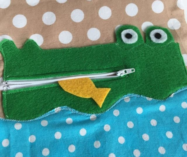 Alligator zipper activity quiet book page