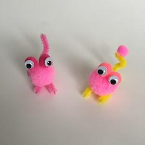 pom pom kids crafts - pom pom monster craft