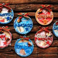Χριστουγεννιατικα στολιδια προσωποποιημενα, διακοσμημενα με χαρτια scrapbooking