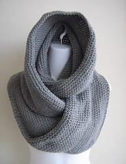 crochet vs knitting infinity scarf