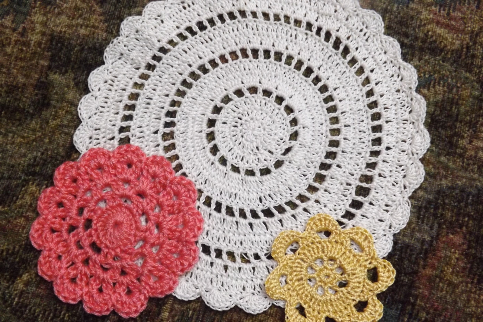 3 Pretty Designs of Craft Paper Doilies Free Crochet Doily Patterns Lovetoknow