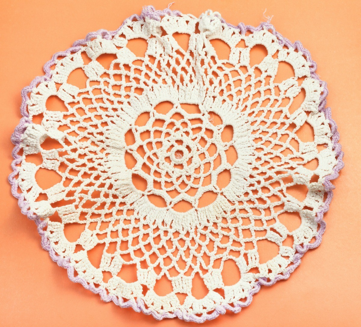 3 Pretty Designs of Craft Paper Doilies Starching Doilies Thriftyfun