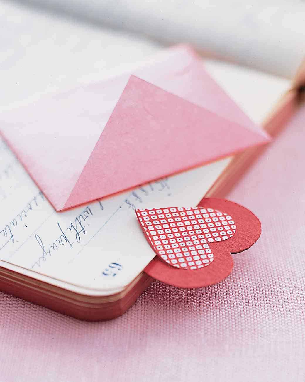 Awesome valentine construction paper crafts Handmade Valentine Gifts For Parents Simplycircle