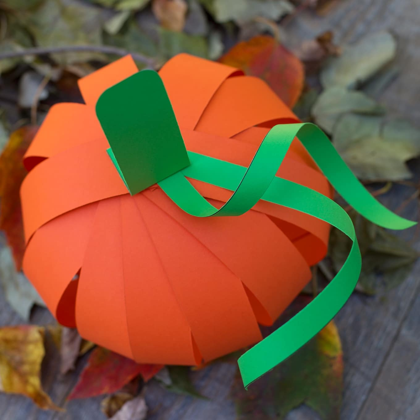 Creative ideas for pumpkin paper crafts design Easy Paper Strip Pumpkin Craft For Kids
