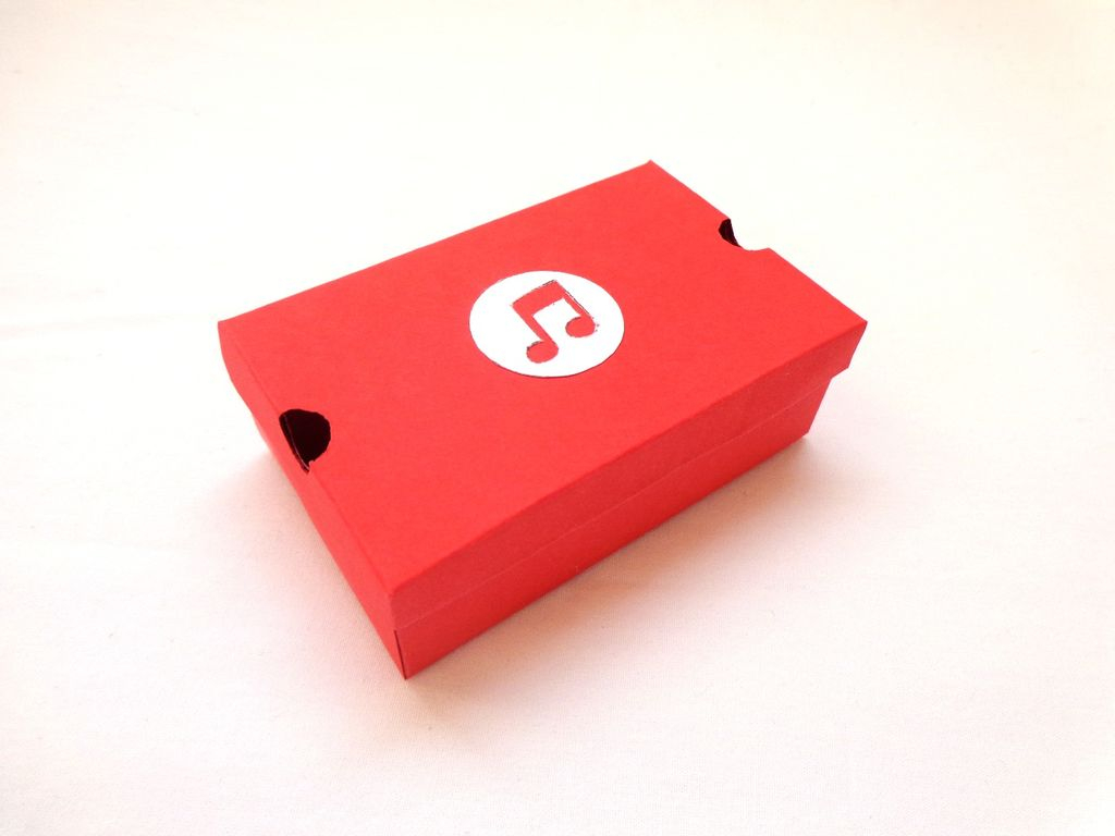 Handmade Paper Craft Gifts You can Make Right Now Diy Mini Papercraft Shoe Boxgift Box 9 Steps With Pictures