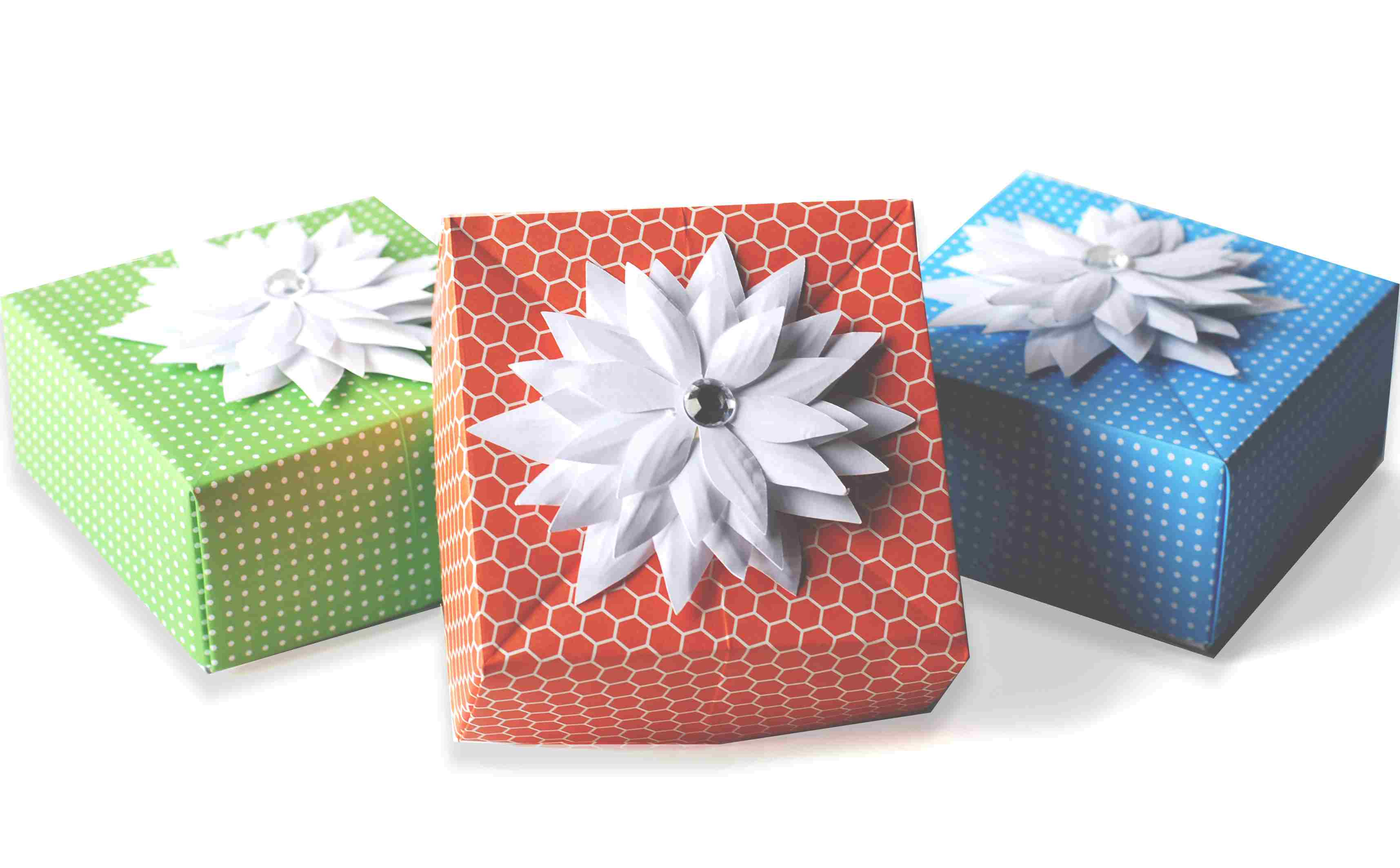 Handmade Paper Craft Gifts You can Make Right Now Diy Origami Gift Box Paper Craft
