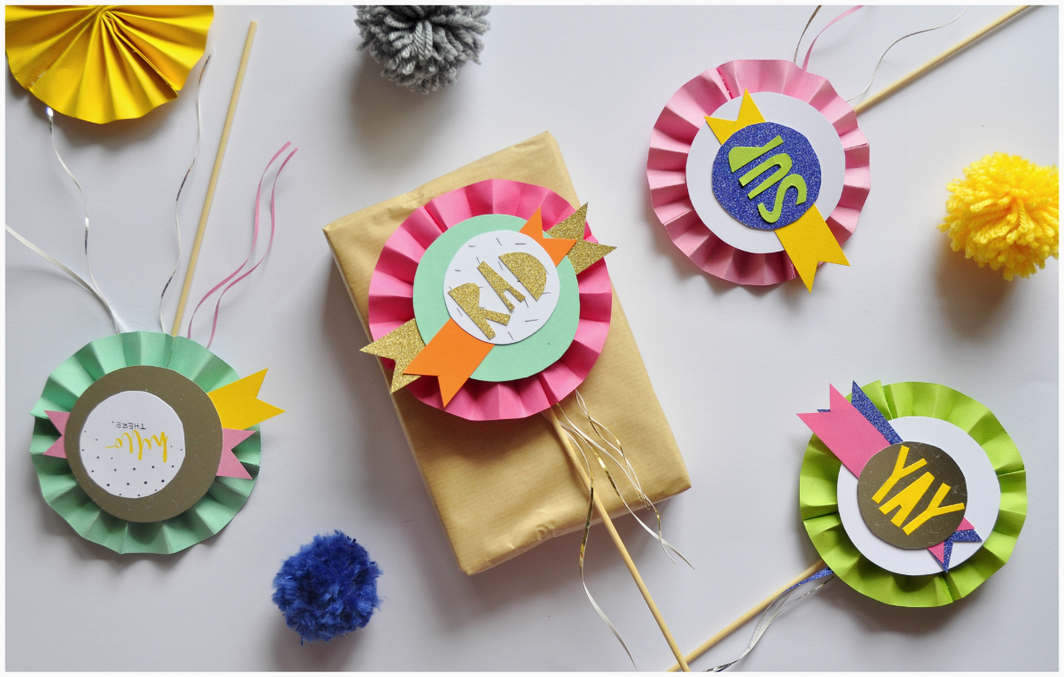 Handmade Paper Craft Gifts You can Make Right Now Diy Paper Crafts Mini Paper Fans Gift Accessories Artys Getaway