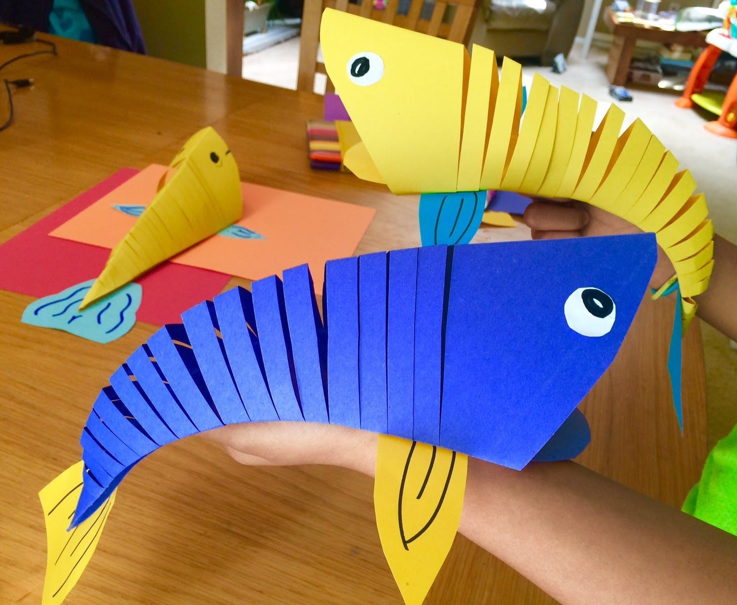 How to Make Paper Craft Fish for Kids Moving Papercraft How To Make Moving Fish Paper Craft Printable