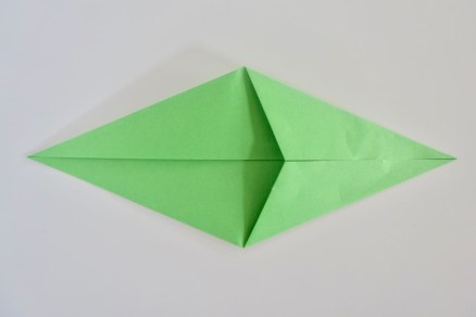 Paper Folding Crafts Instructions Make An Easy Origami Rose