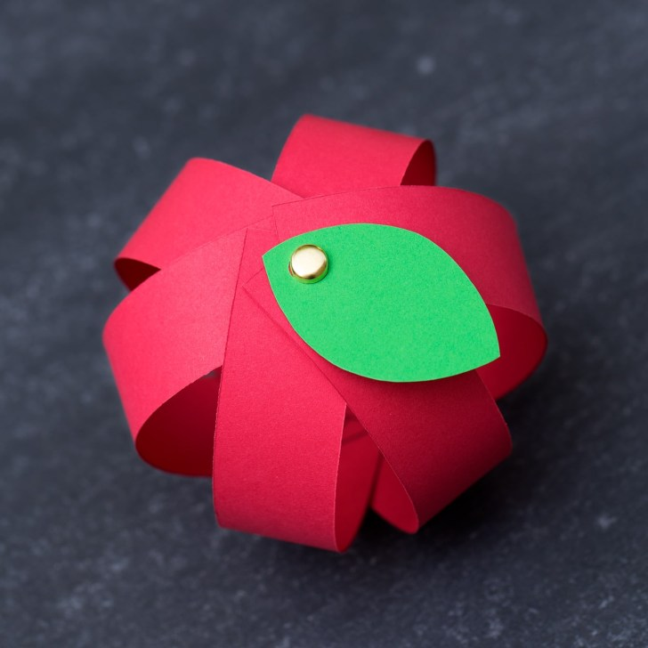 Simple Designs on How to Make Simple Crafts with Paper