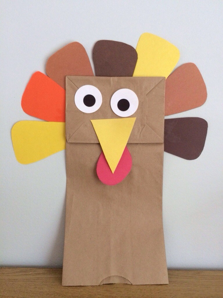 Toilet paper turkey craft for Thanksgiving decor 20 Fun And Crafty Paper Bag Turkey Projects Guide Patterns