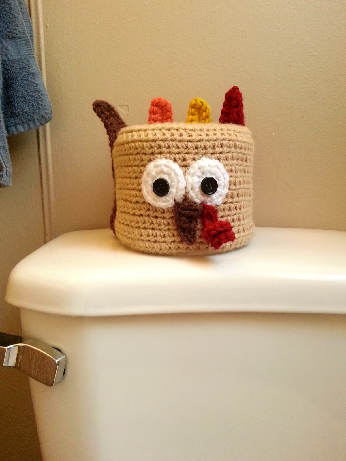 Toilet paper turkey craft for Thanksgiving decor Cuppastitches Thanksgiving Turkey Crochet Toilet Paper Roll Cover