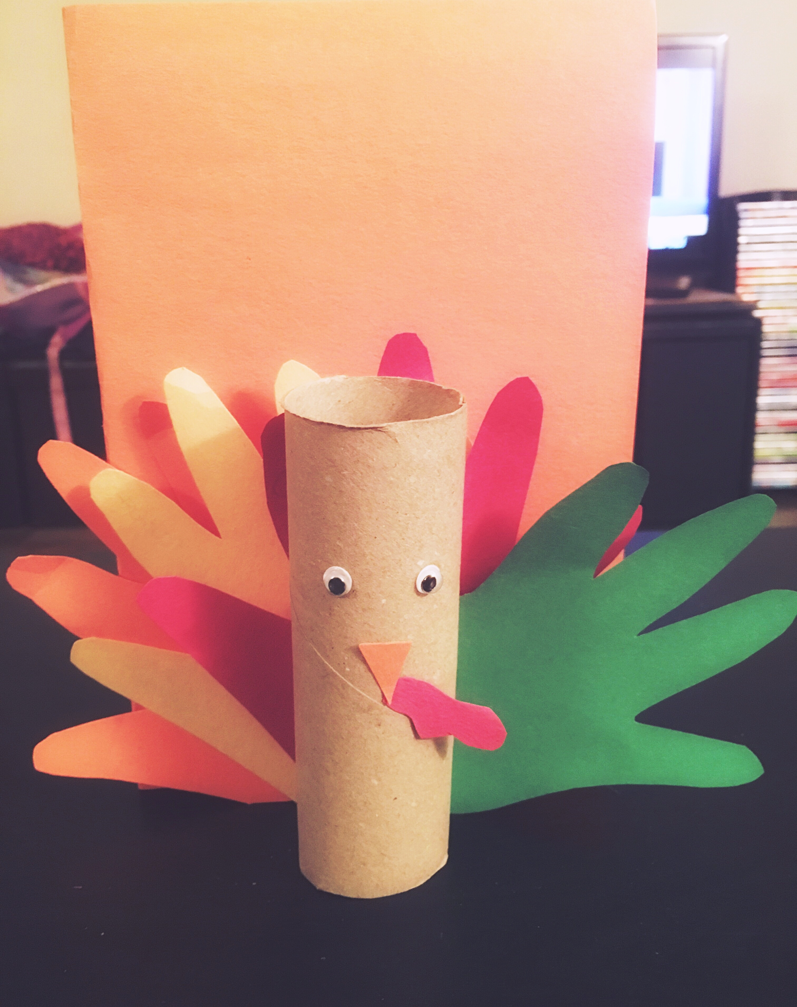 Toilet paper turkey craft for Thanksgiving decor Easy Thanksgiving Day Crafts For Kids