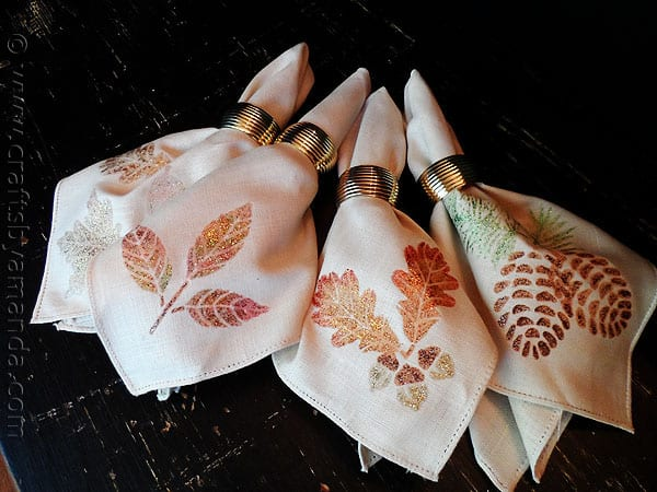 Thanksgiving Napkins: Glitter Leaves and Acorns - CraftsbyAmanda.com