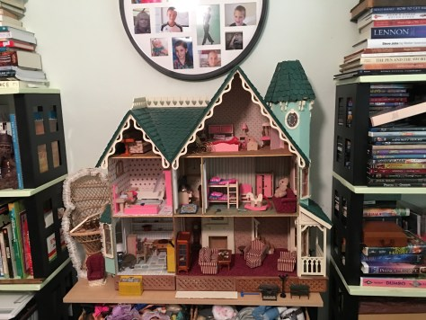 mom's doll house jennyskip