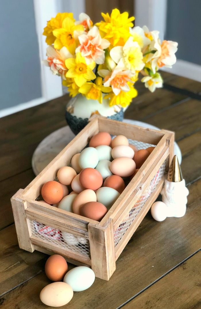 Daffodils and fresh eggs make a perfect spring centerpiece