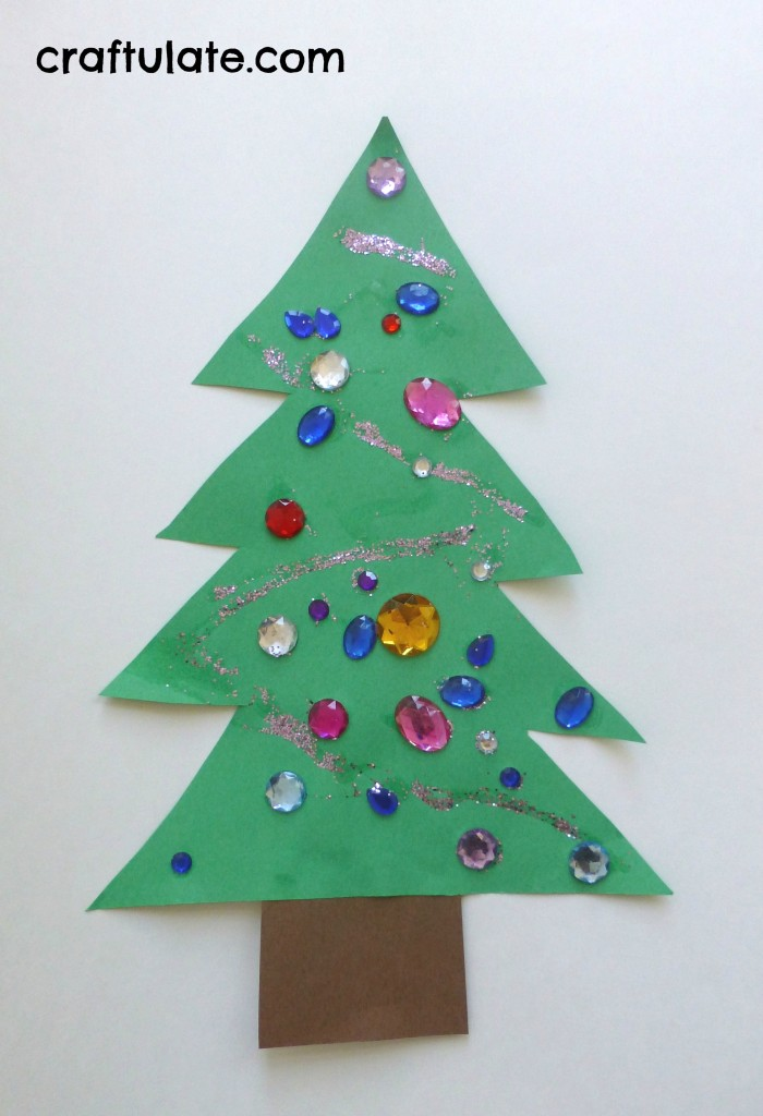 Construction paper christmas tree decorations for Holiday crafts with construction paper