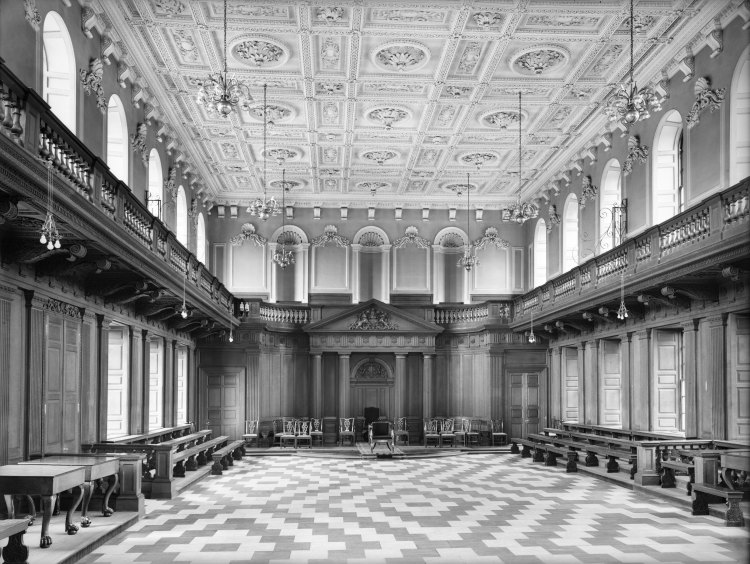 This image has an empty alt attribute; its file name is Senate-House-Cambridge-University-1.jpg