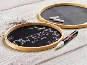 DIY Chalkboard Embroidary Hoops