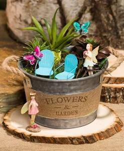 Tin Garden Bucket with Burlap