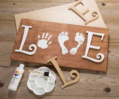 Scroll Letters - Love
