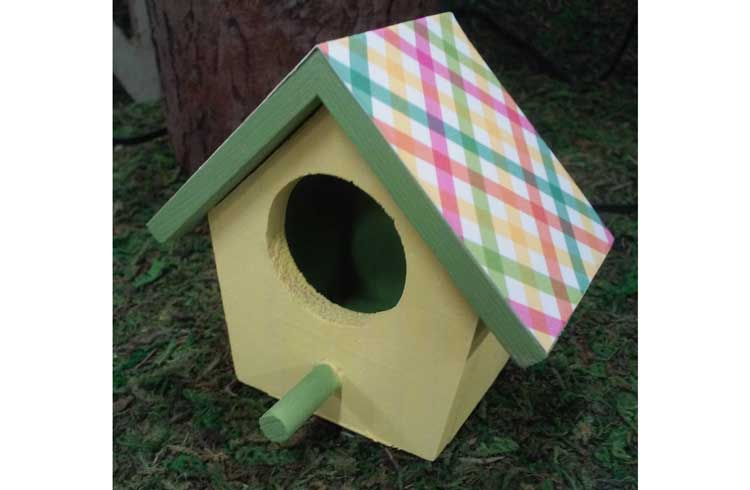 Paint a Birdhouse Magnet @ Beaverton Location | Beaverton | Oregon | United States