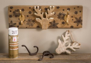 Deer, hooks, wood board