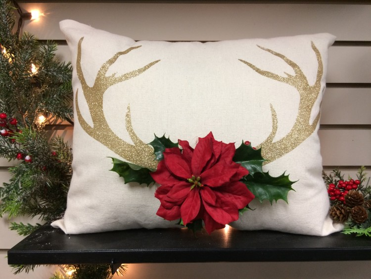 Glittered Antler Pillow, Heatnbond, Nicole glitter,