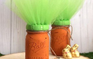 Make these Carrot Mason Jar Easter Display Craft Project