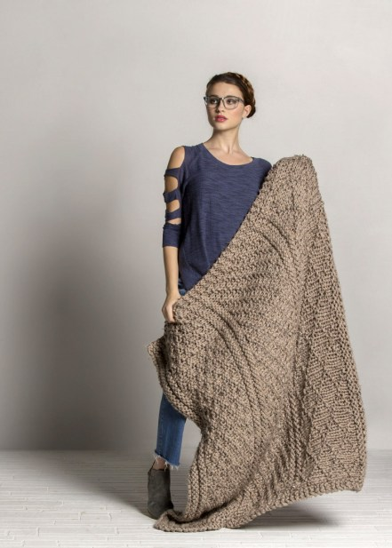 Knit this Gansey Throw with Mega Tweed