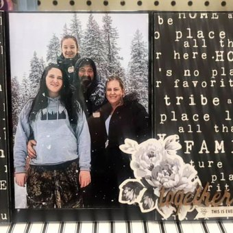 Make a family photo table top piece with Gingham Farm