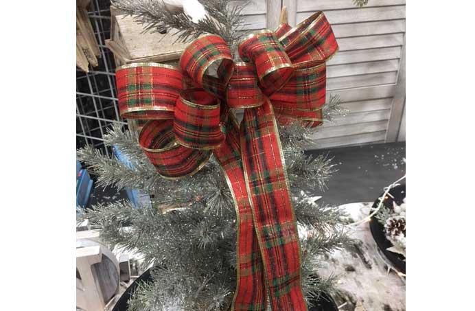 Christmas Bow Make and Take @ Hazel Dell Location | Vancouver | Washington | United States