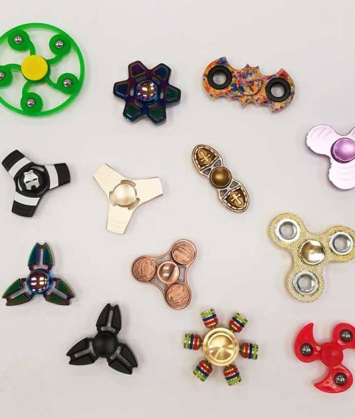 So many spinners t Craft Warehouse!