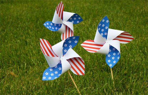 Make & Take - Patriotic Pinwheel @ Beaverton Location | Beaverton | Oregon | United States