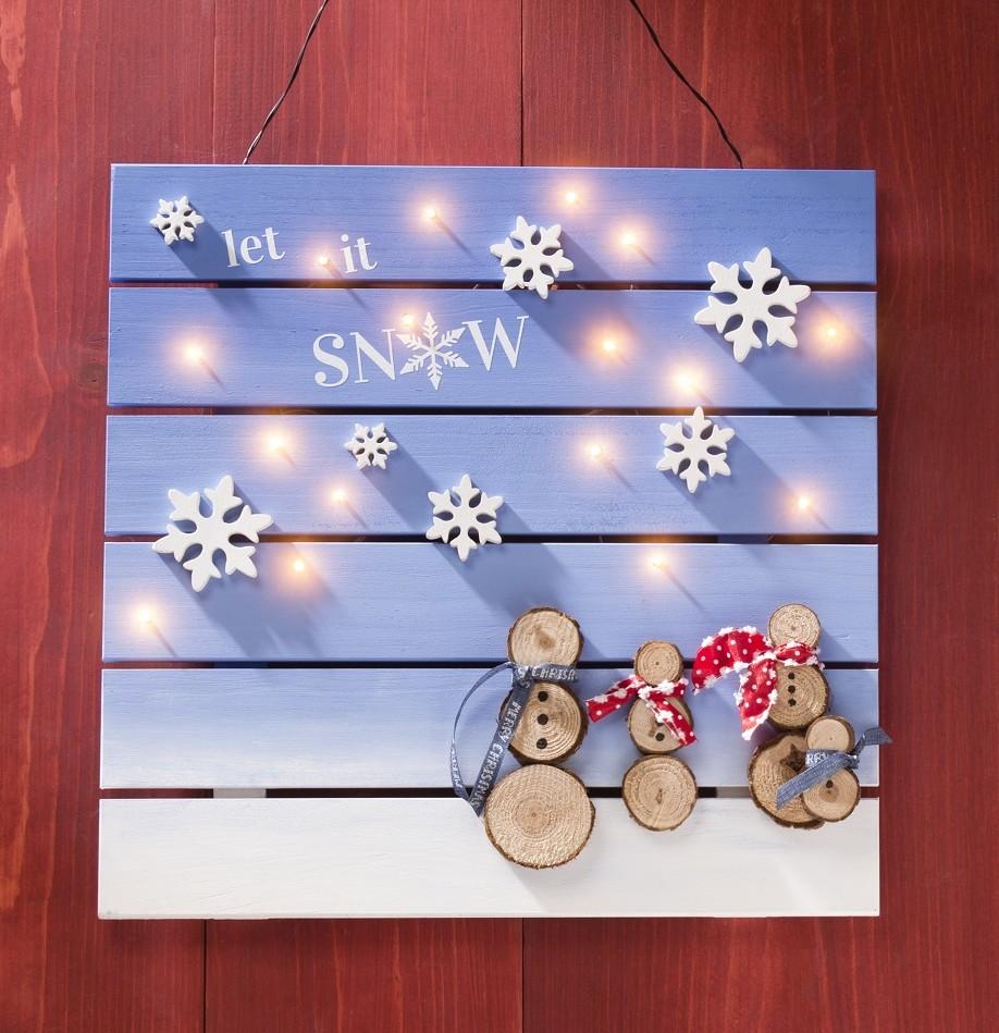 Snowman Wood Slat board for holiday decor