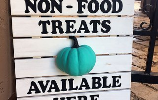 Make a teak Pumpkin Slat Sign for Halloween at Craft Warehouse