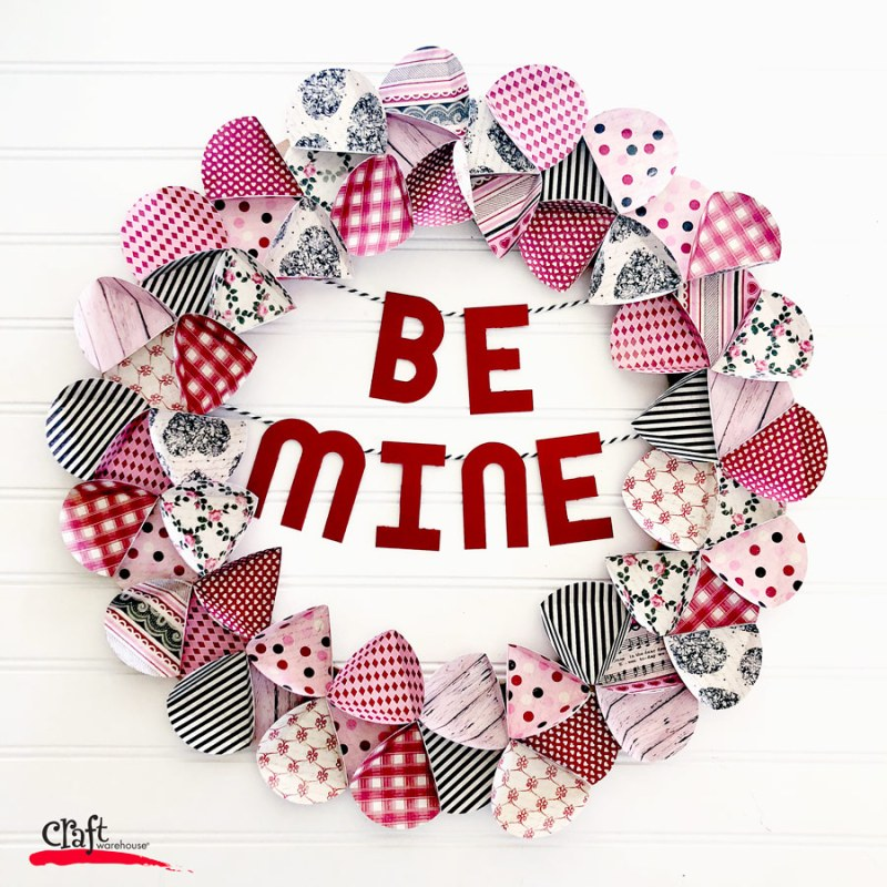 Make this Valentine's Paper Wreath