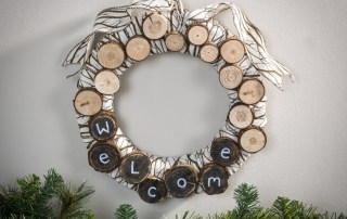 Murey chalk board marker welcome log wreath