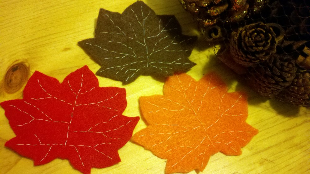 Fall Felt Leaves (1/5)